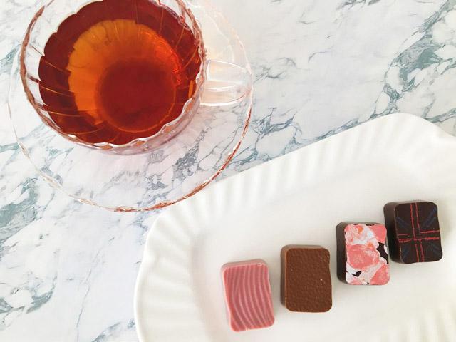 クスミティーのサンクト ぺテルブルクラウデンのチョコレートと,KUSMI TEA,St.Petersburg,