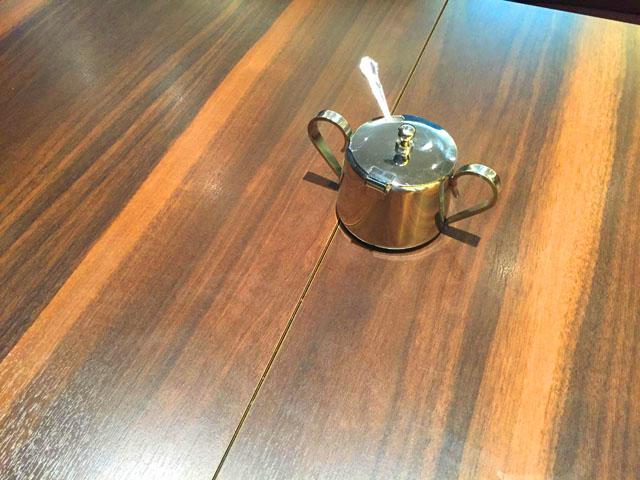 ブーランジュリーアンドカフェグウ,テーブル,