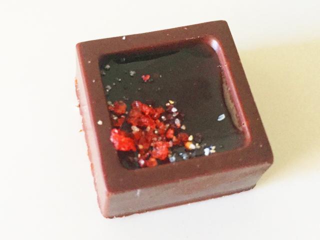 ショコラベルアメール京都別邸,瑞穂のしずく,苺ジュレ × ビターチョコ