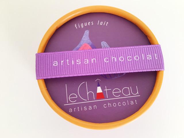 ル シャトーイチジク味の紫色のBOX,