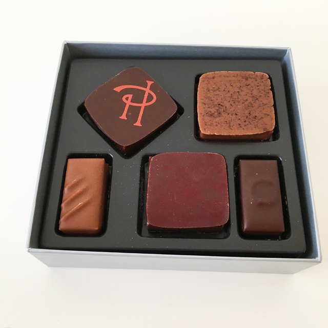 Pierre Hermé Paris,Assortiment de Chocolats,5種類のチョコが入っている,