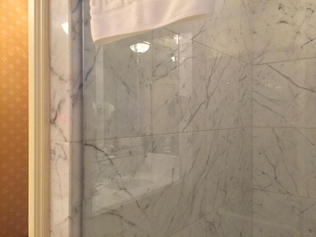 リッツカールトン大阪のシャワールーム