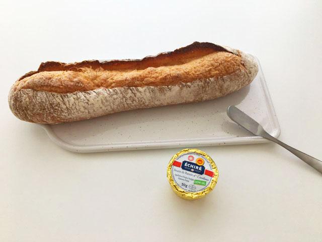 エシレバターとパン,