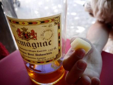 Un canard avec l'armagnac! pour la dugestion...