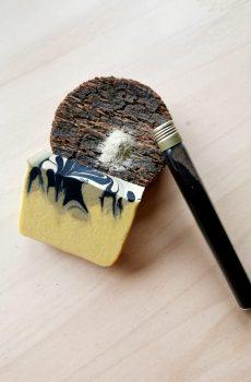 Savon argile charbon marbré bergamote mandarine rouge pin sylvestre