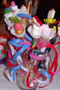 5/Bouquet de brochettes de bonbons