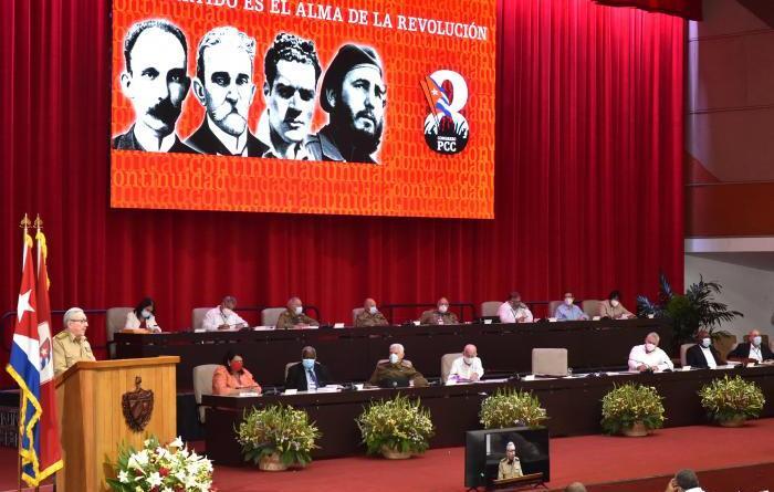 RAUL CASTRO: LES RUINES DU PROJET NATIONAL CAPITALISTE DE L'ÉTAT CUBAIN