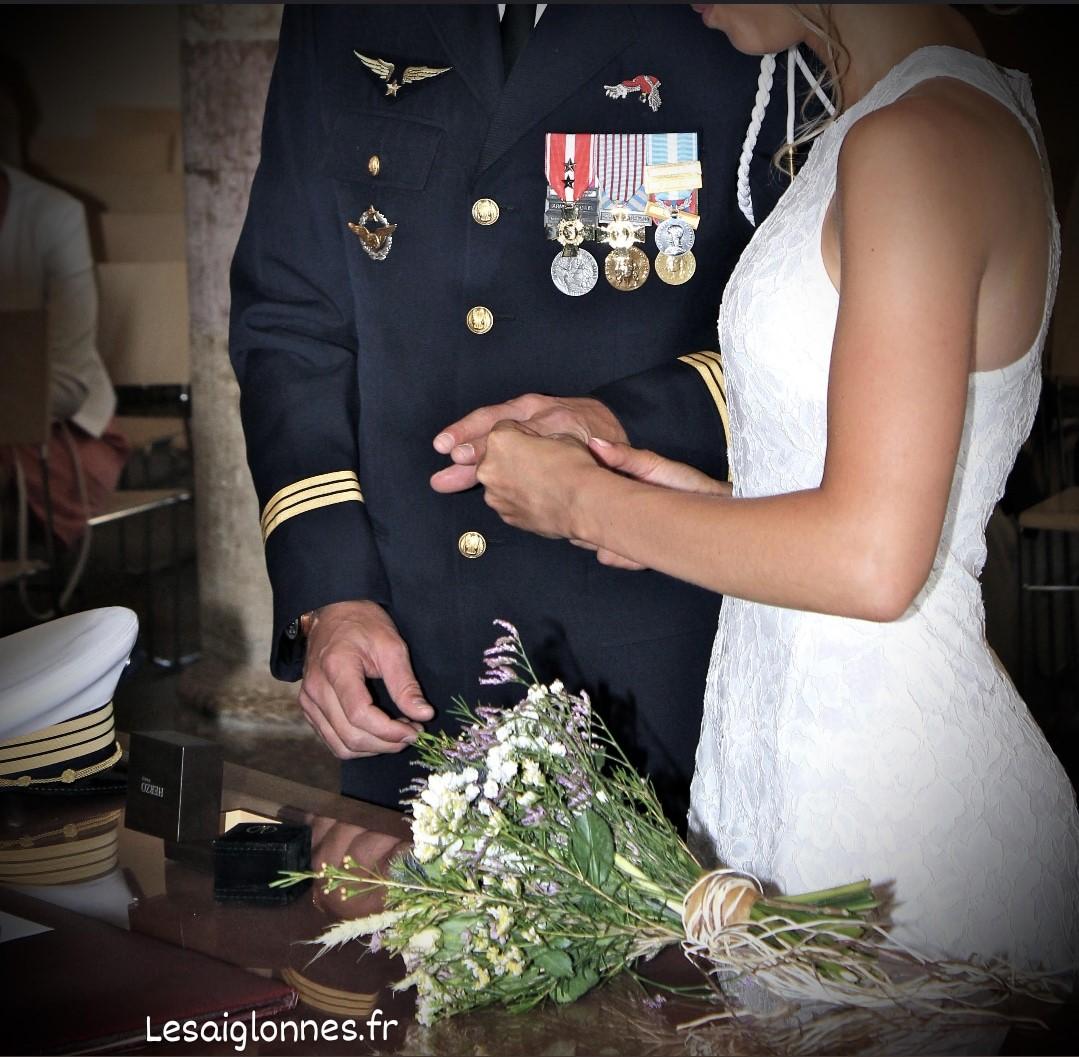 absences femme militaire
