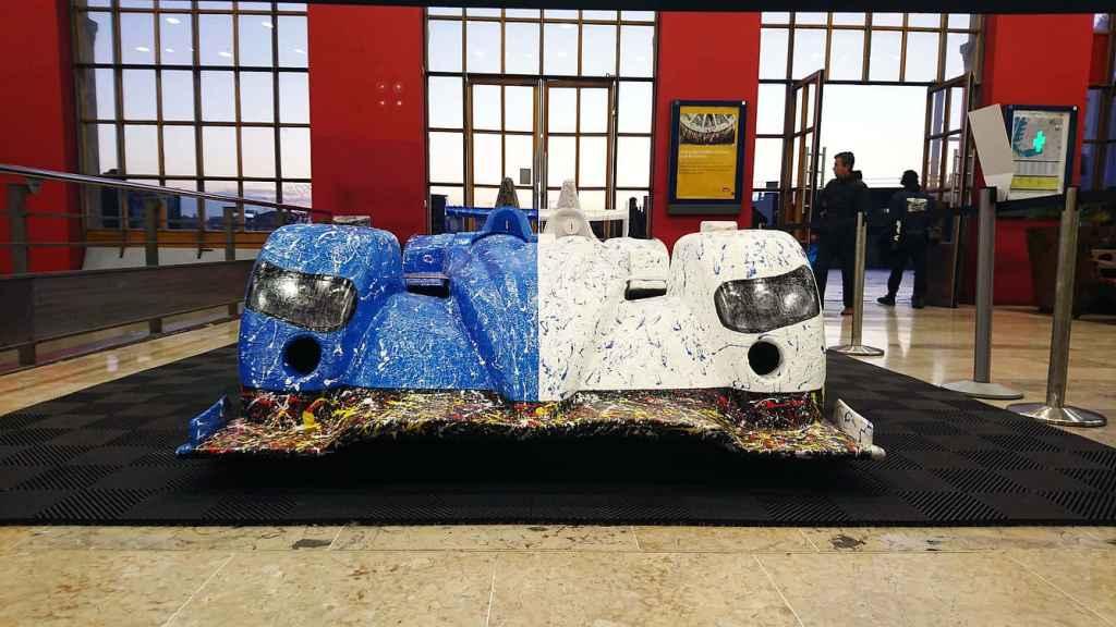 Alpine A450 Art Car Ghass Gare Marseilles 6 | A la rencontre de l'Alpine A110 X FELIPE PANTONE au Art Paris