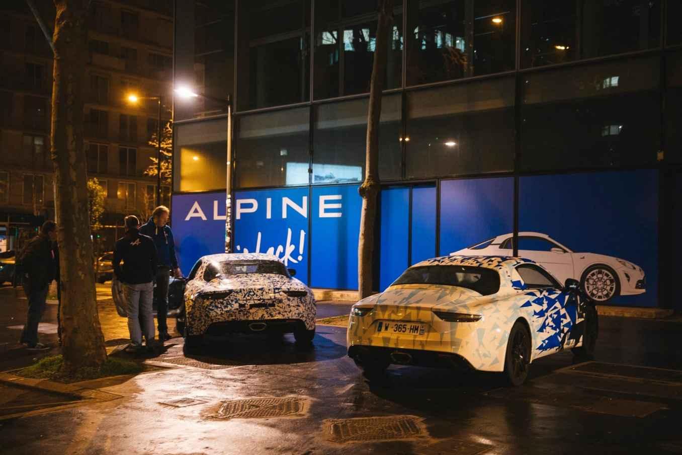 Alpine AS110 A110 Viree nocturne showroom 7 fevrier 2017 Team 7   Interview d'Antony Villain, directeur du Design Alpine, au salon de Genève 2017