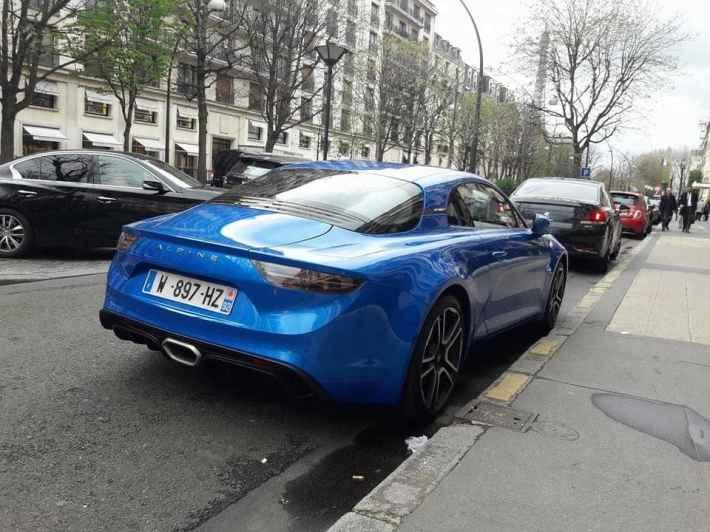 Alpine A110 Good France Paris Alain Ducasse - 4
