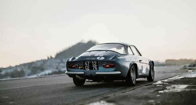 Alpine LAB et son Alpine A110 1300S Usine de 1968 Classic Driver - 10