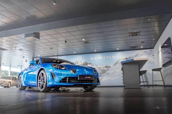 19055503 895525630587637 5474904153596918873 o - Magnus Walker au Studio Alpine, le légendaire collectionneur de Porsche 911