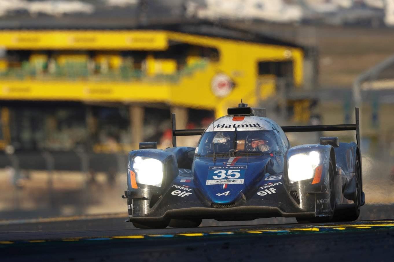 Alpine A470 24 Heures du Mans 2017 Signatech Matmut Endurance WEC Panciatici Ragues Menezes Rao Negrao Dumas (1)