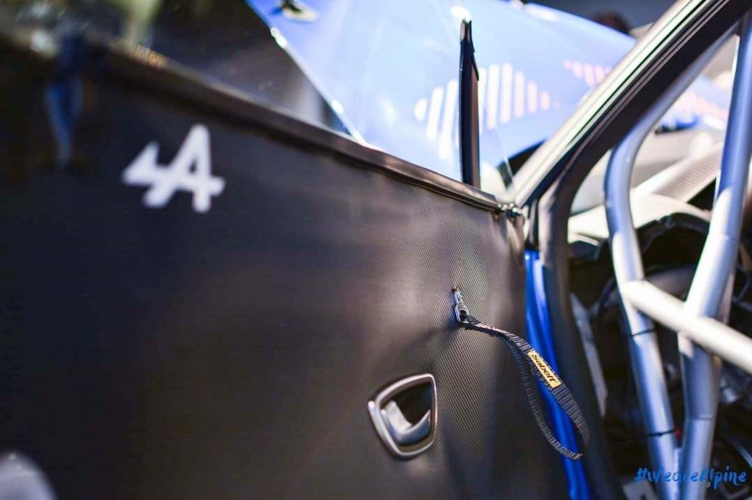 Alpine A110 Cup Signatech Studio Boulogne Billancourt GPE Auto 28 - L'Alpine A110 Cup en détail sous l'oeil de GPE Auto !