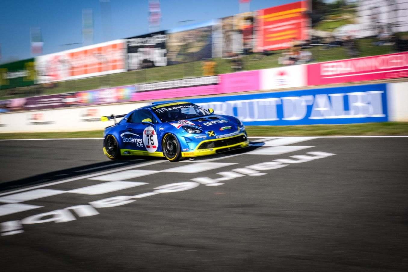 Alpine A110 GT4 FFSA GT 2020 Albi Course 2 9 | Alpine A110 GT4 : Herrero et Moullin-Traffort performent à Albi !