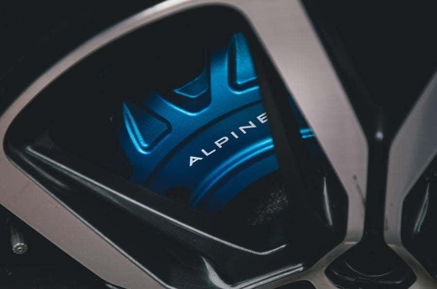"""Alpine A110 dream car autocar 2020 4   L'Alpine A110 reçoit le prix """"Best Dream Car 2020"""" par Autocar !"""