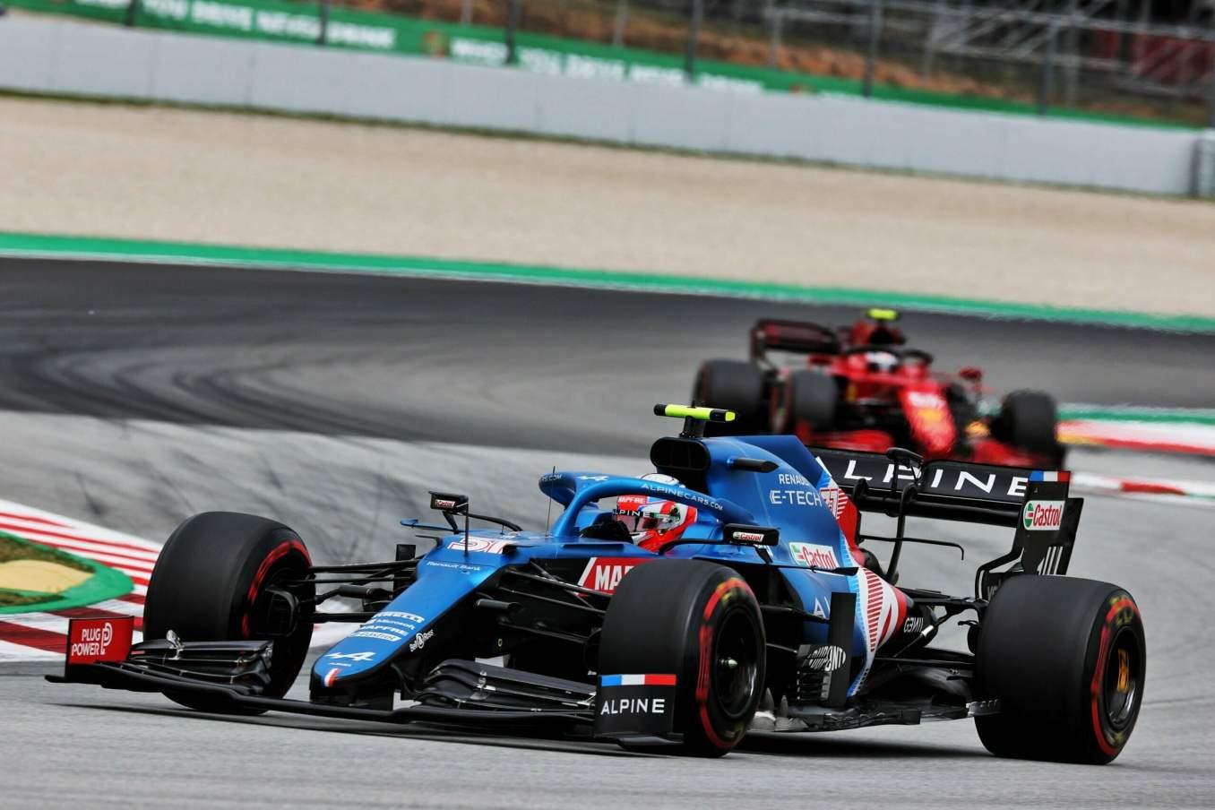 Alpine F1 Team A521 Alonso Ocon Grand Prix Espagne 2021 course 8 scaled   Alpine F1 Team n'a pas réussi à confirmer en course au GP d'Espagne 2021