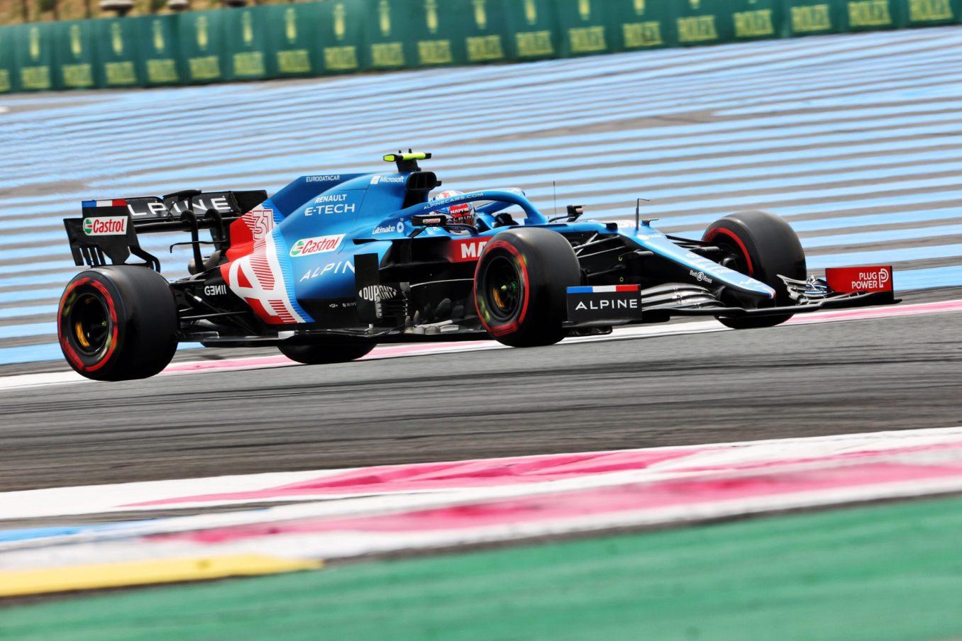 Alpine F1 Team A521 Alonso Ocon Castellet GP FRance 2021 8 scaled | Alpine F1 : Alonso entre en Q3, Ocon bloque en Q2 au Grand-Prix de France