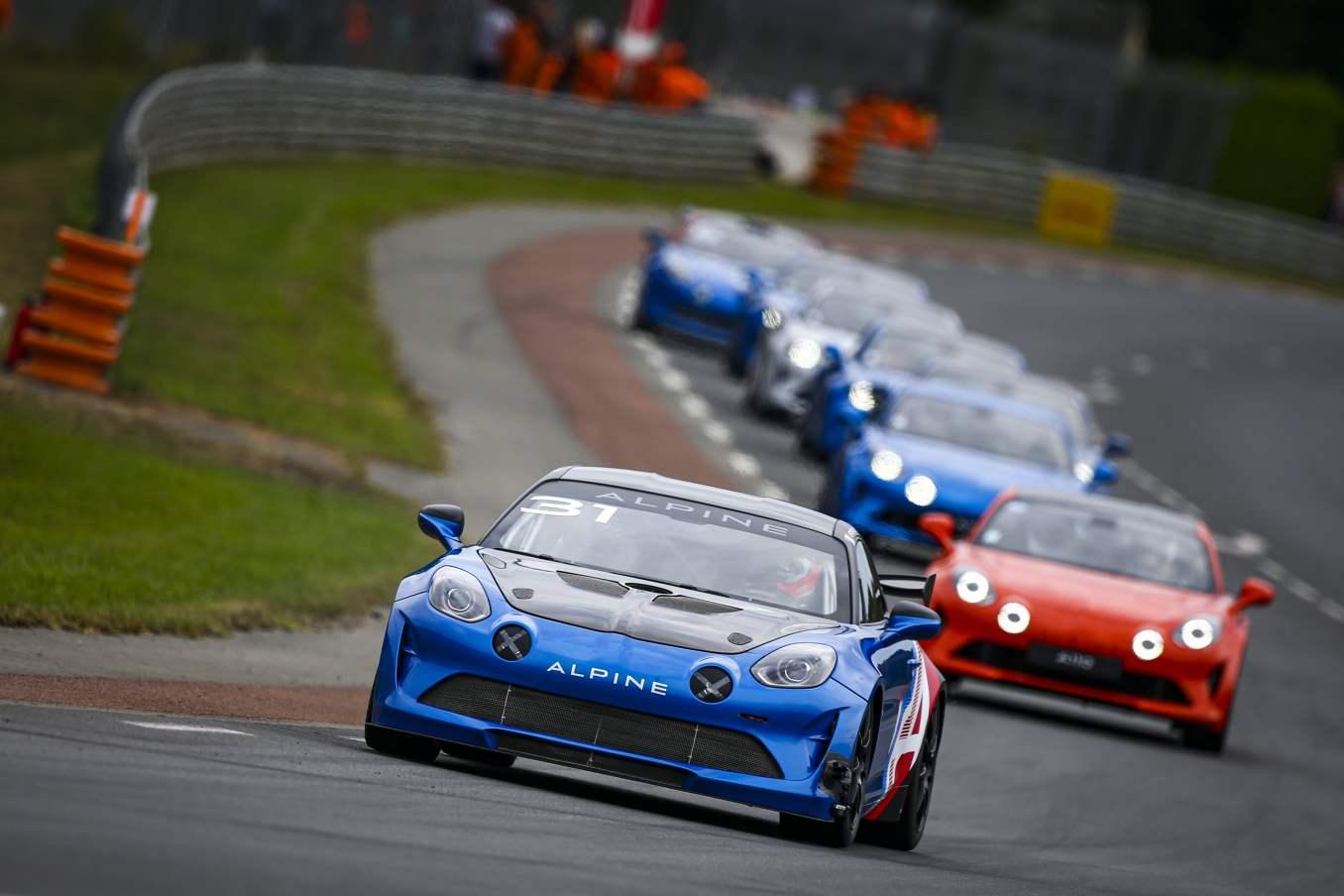 Une F1 aux 24h du Mans et une parade impregnee de passion 2 | Une F1 aux 24h du Mans et une parade imprégnée de passion