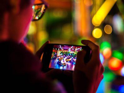8 jeux mobiles pour vos apéritifs virtuels