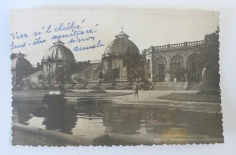 Vue des bassins du parc à la française et des anciennes serres du Thabor avec des annotations, XXe siècle. Archives de Rennes, 350 FI 102_6.