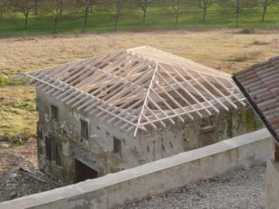 rénovation charpente traditionnelle sur mesure à Chabeuil
