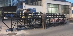 chargement d'un pont motorisé et son chariot