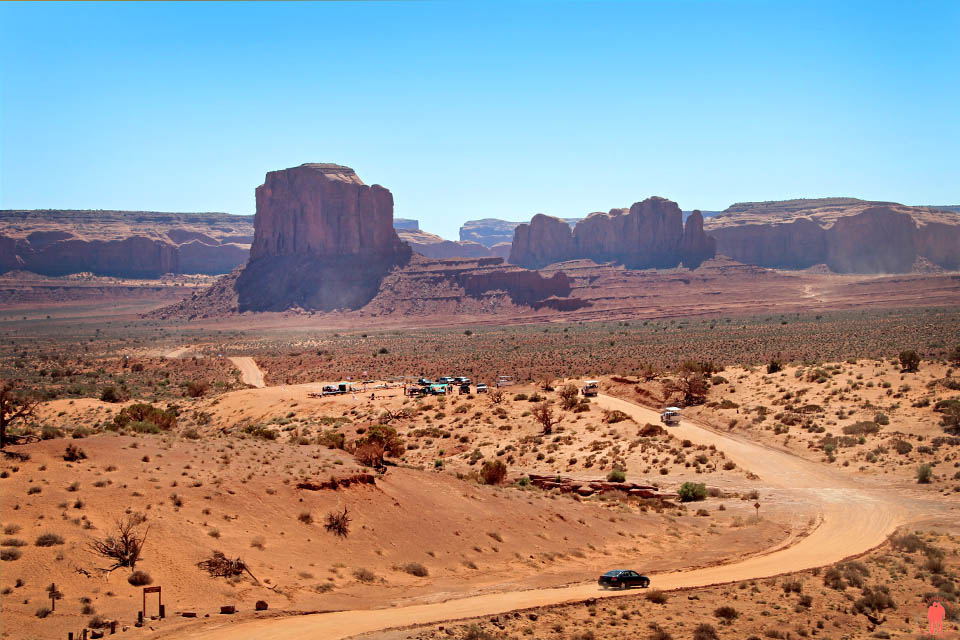 Scenic Road - Monument Valley