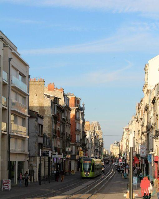 Visiter Reims - Vue de la rue Principale