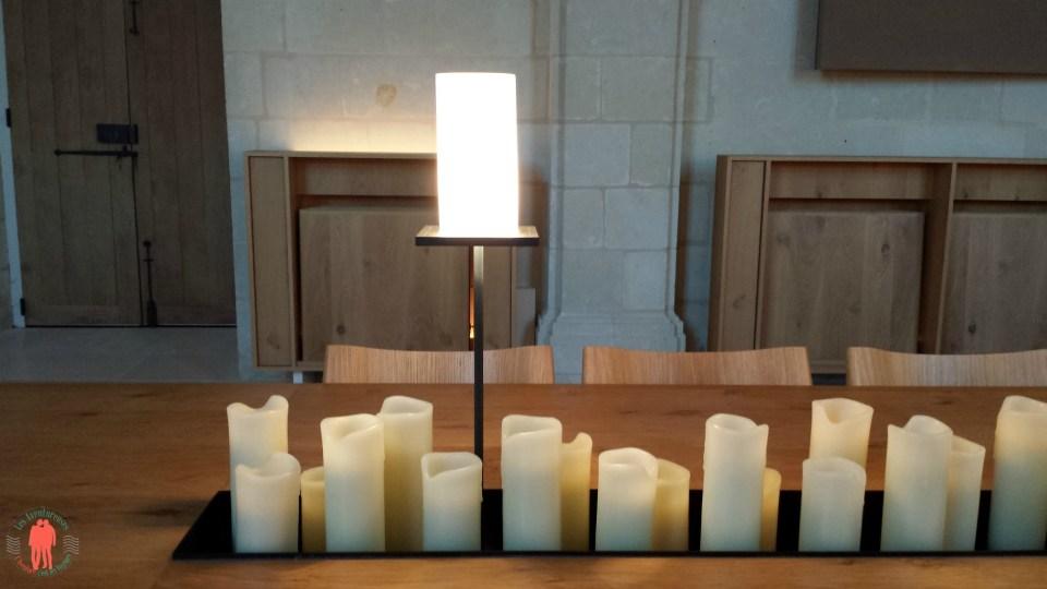 Bougies dans le réfectoire à Fontevraud