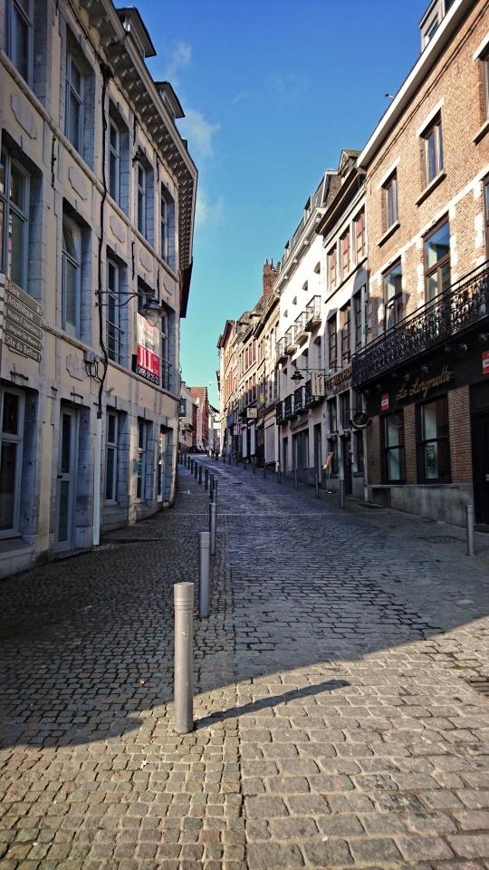 Rue Mons Belgique 1