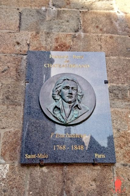 Plaque Chateaubriand - Visiter Saint-Malo