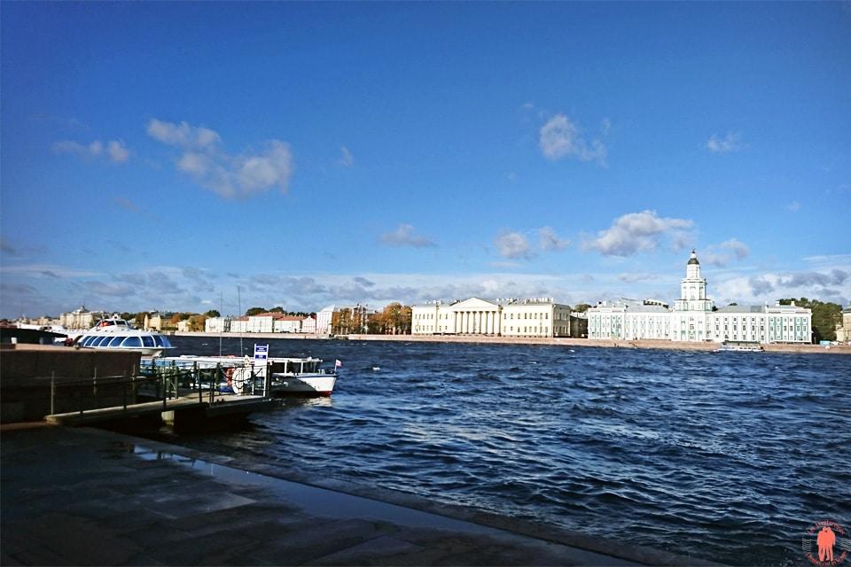 Palais de Peterhof-Embarcadere