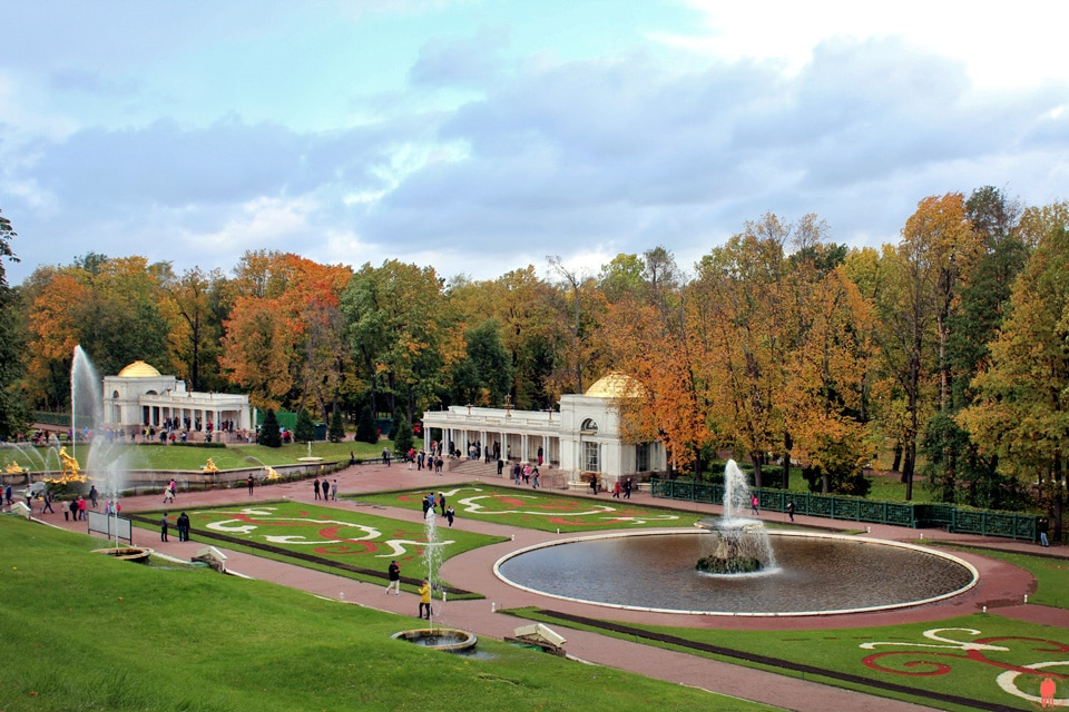 Palais de Peterhof-fontaines