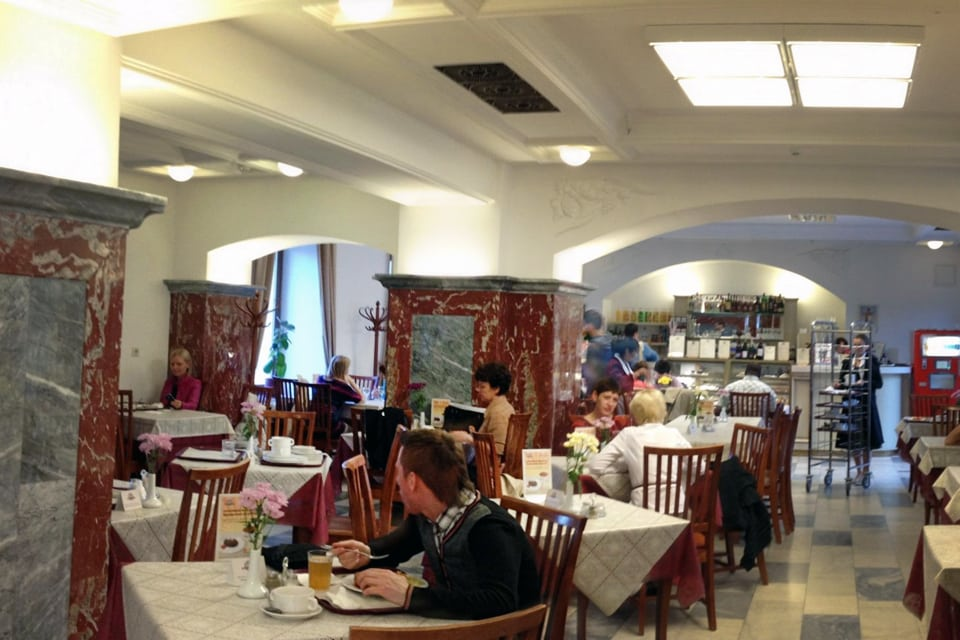 Visiter Moscou Restaurant GOUM