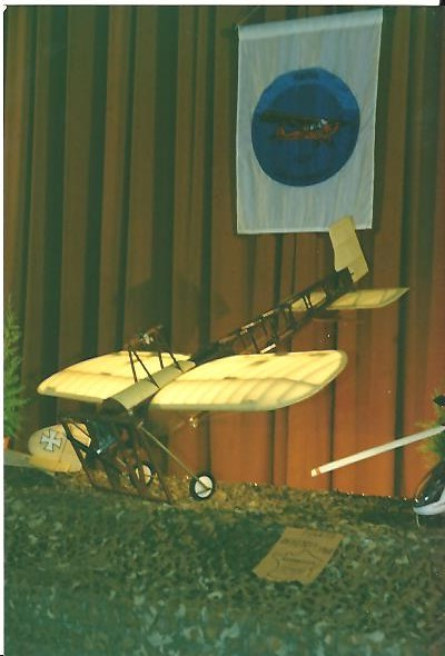 Expo 2 Avril 92.jpeg