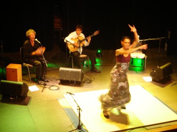maityllermo en spectacle dans le cadre du festival Les berniques en Folie à l'Ile d'Yeu