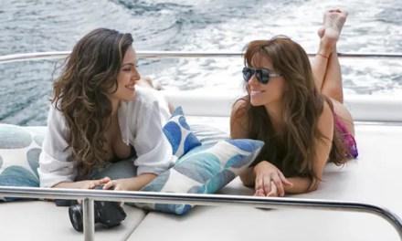 Clara y Marina  merecen besarse «Em Familia»
