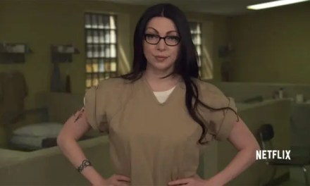 Ojito a las chicas de Orange Is The New Black Cantando