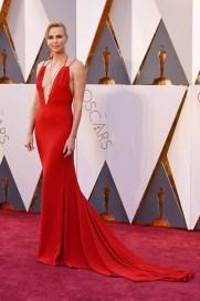 Charlize Theron Oscars 2016