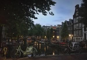 Panfletos anti-LGBT invitan a las religiones a exterminar a los homosexuales en Ámsterdam