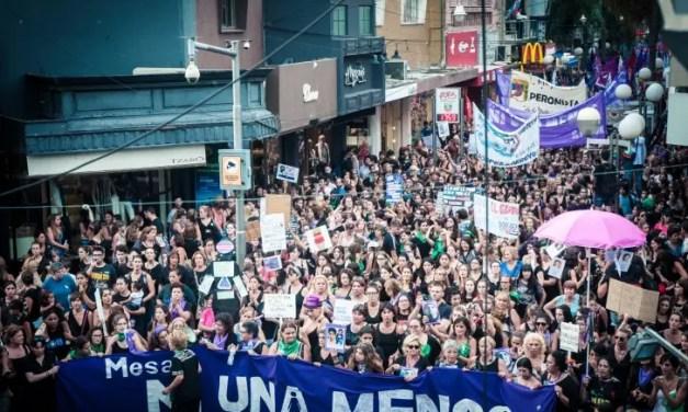 Así vivimos las mujeres argentinas nuestra lucha por nuestro derecho a vivir