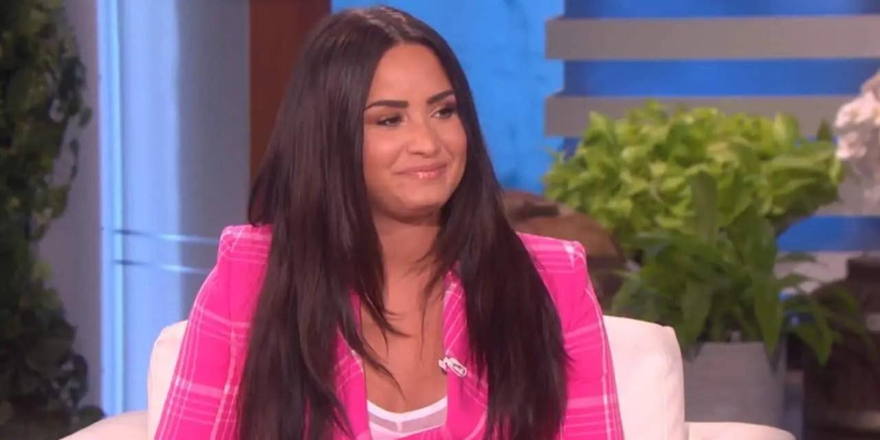 Demi Lovato eligió a una chica jugando «¿Con quién preferirías?» con Ellen