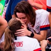 Los 5 momentos lésbicos más bonitos de la Copa Mundial Femenina de Fútbol 2019