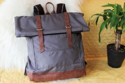 rolltop_bacpack_1