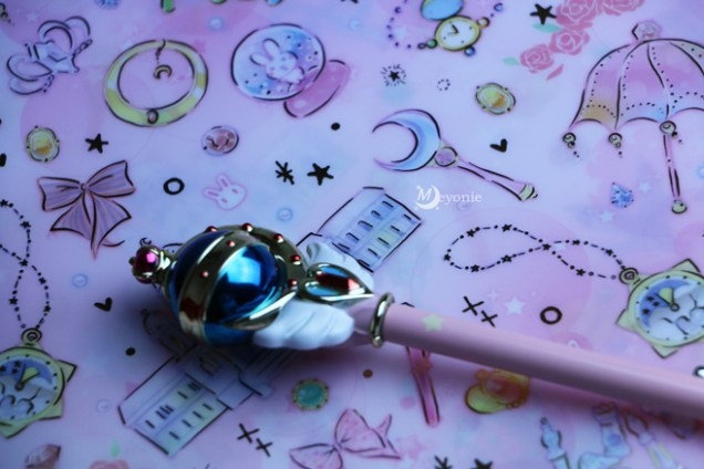 sailor-moon-crystal-pochette-et-pointer