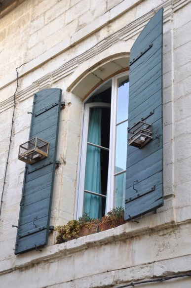 Cages aux volets en Arles