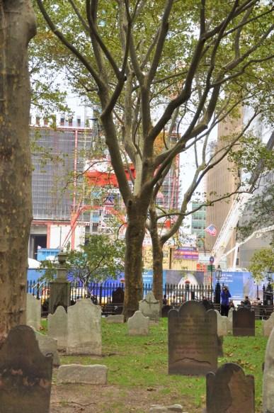 Chantier de Ground Zero depuis le cimetière de St Paul Church
