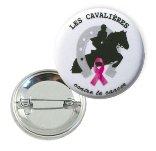 Pin's Les Cavalières contre le cancer